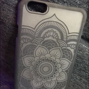 Accessories - 🖤Back Flowery iPhone 6s Plus Frosted Phone Case🖤